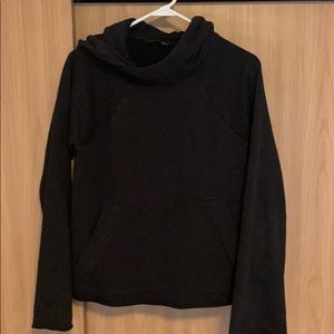 Athleta Hoodie ~ black ~ like new ~ flare sleeve